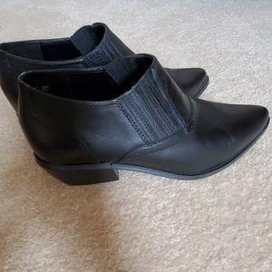 dingo Shoes - DINGO WOMEN'S BOOT SLIP-ON BLACK LEATHER SHOE 8.5